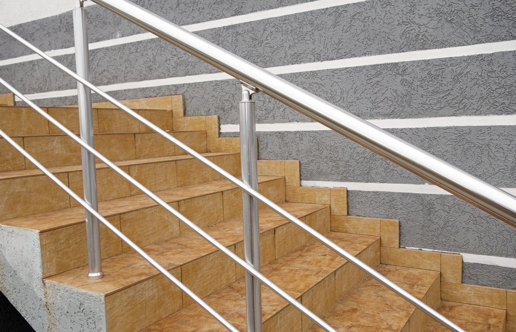Kiedy igdzie sprawdzi się najlepiej balustrada zestali?